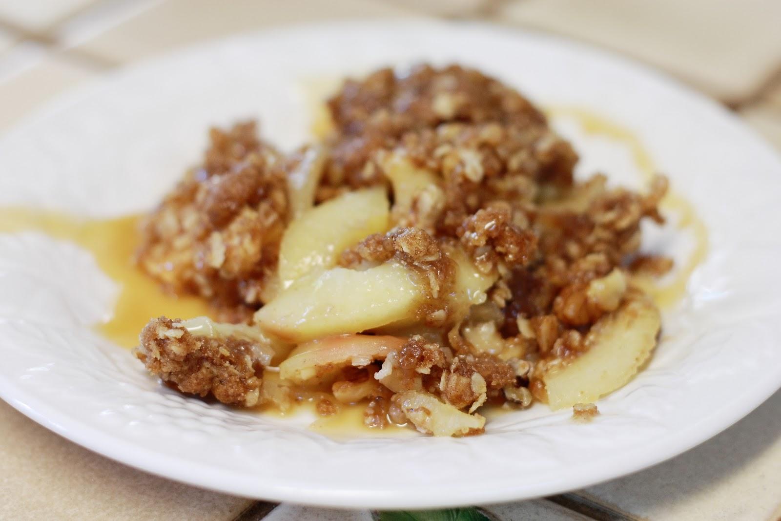 Gluten-Free & Vegan Apple Crisp Dessert